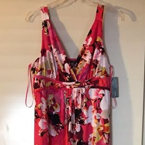COVINGTON MAXI floral dress. Size: LP